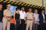 Mandira Bedi, Sunil Shetty at streetsmart street safe campaign launch by top gear magazine and mumbai police on  30th June 2015 (44)_5593af589ee3f.JPG