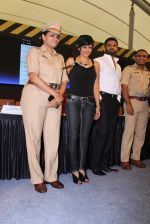 Mandira Bedi, Sunil Shetty at streetsmart street safe campaign launch by top gear magazine and mumbai police on  30th June 2015 (47)_5593af5e44d61.JPG