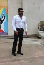 Sunil Shetty at streetsmart street safe campaign launch by top gear magazine and mumbai police on  30th June 2015 (43)_5593af8d4a62a.JPG