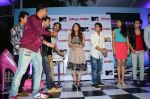 Sunny Leone, Rannvijay Singh at mtv splistvilla bash in Mumbai on 30th June 2015 (14)_5593c7700ffb2.JPG
