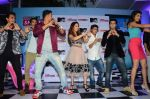 Sunny Leone, Rannvijay Singh at mtv splistvilla bash in Mumbai on 30th June 2015 (19)_5593c810bc104.JPG