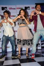 Sunny Leone, Rannvijay Singh at mtv splistvilla bash in Mumbai on 30th June 2015 (23)_5593c812a58ea.JPG