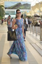 Urvashi Rautela leave for Great Grand masti shoot in Gujarat on 30th June 2015 (40)_5593c7f21bd2d.JPG