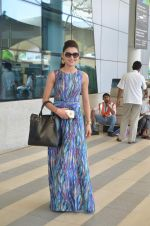 Urvashi Rautela leave for Great Grand masti shoot in Gujarat on 30th June 2015
