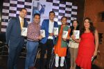 Sanjeev Kapoor, Rashmi Uday Singh at the launch of Saransh Goila_s book India on my Platter in China House, Grand Hyatt on 1st July 2015 (110)_55952c2b2cb50.JPG