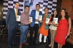 Sanjeev Kapoor, Rashmi Uday Singh at the launch of Saransh Goila_s book India on my Platter in China House, Grand Hyatt on 1st July 2015 (112)_55952c2bd2eee.JPG