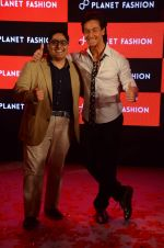 Tiger Shroff at Planet Fashion show in Taj Lands End on 1st July 2015 (91)_5595004c79990.JPG