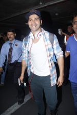 Varun Dhawan with Dilwale team return from Bulgaria in Mumbai Airport on 1st July 2015
