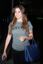 Laxmi Rai snapped at domestic airport in Mumbai on 2nd July 2015 (66)_559631d12855f.JPG