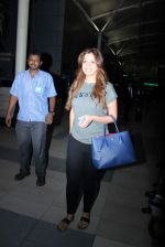 Laxmi Rai snapped at domestic airport in Mumbai on 2nd July 2015 (67)_559631d1c5f04.JPG