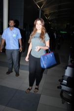 Laxmi Rai snapped at domestic airport in Mumbai on 2nd July 2015 (68)_559631d26a6d2.JPG