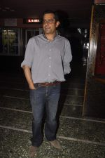 Subhash Kapoor at Guddu Rangeela promotions in Gaiety on 3rd July 2015 (26)_5597c5a4b2228.JPG