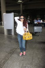 Tanisha Mukherjee snapped at the international airport in Mumbai on 4th July 2015