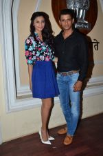 Daisy Shah, Sharman Joshi at Hate Story 3 on location in Mumbai on 6th July 2015 (14)_559b6bc9be3f2.JPG