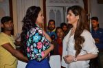 Daisy Shah, Zarine Khan at Hate Story 3 on location in Mumbai on 6th July 2015 (47)_559b6bcb13417.JPG