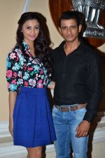 Daisy Shah, Sharman Joshi at Hate Story 3 on location in Mumbai on 6th July 2015