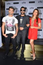 Bipasha Basu, Rocky S, Karan Singh at Rocky S launch in J W Marriott on 7th July 2015 (53)_559ce428365b8.JPG
