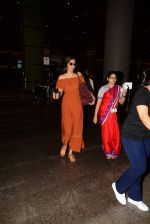 Sonam Kapoor arrive from Turkey in Mumbai on 7th July 2015 (18)_559ce559c23bd.JPG