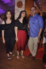 Alvira Khan, Atul Agnihotri at kuch bhi ho sakta hain in St Andrews on 11th July 2015 (52)_55a25185af6b4.JPG