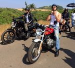 Dino Morea, MS Dhoni bond over bikes on 12th july 2015