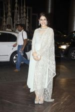 Genelia D Souza at Shahid Kapoor and Mira Rajput_s wedding reception in Mumbai on 12th July 2015 (45)_55a37525e7ca1.JPG