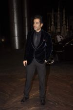 Tusshar Kapoor at Shahid Kapoor and Mira Rajput_s wedding reception in Mumbai on 12th July 2015 (426)_55a377a6794d4.JPG