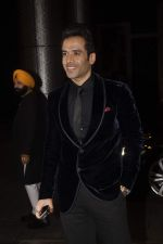 Tusshar Kapoor at Shahid Kapoor and Mira Rajput_s wedding reception in Mumbai on 12th July 2015 (430)_55a377a91edde.JPG