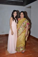 Anuradha Paudwal, Preetika Rao promotes her new music video in Le sutra on 13th July 2015 (44)_55a4b1611955d.JPG