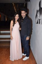 Harshad Arora at Preetika Rao promotes her new music video in Le sutra on 13th July 2015 (48)_55a4b161c3142.JPG
