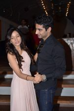 Harshad Arora at Preetika Rao promotes her new music video in Le sutra on 13th July 2015 (49)_55a4b1627845c.JPG