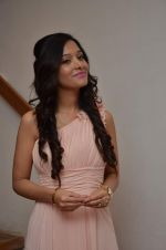 Preetika Rao promotes her new music video in Le sutra on 13th July 2015 (51)_55a4b172b014a.JPG
