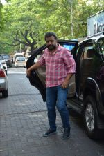 Anubhav sinha at Mahesh Dada_s prayer meet in Khar, mumbai on 14th July 2015 (38)_55a5fec2b3fa8.JPG