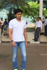 Riteish Deshmukh snapped at airport on 14th July 2015