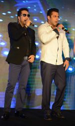 Salman Khan,Mika Singh at Bajrangi Bhaijaan promotions in Delhi on 14th July 2015