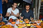 Riteish Deshmukh, Pulkit Samrat with Bangistan team visit Usman Mitahiwala at Muhamad Ali Road on 15th July 2015
