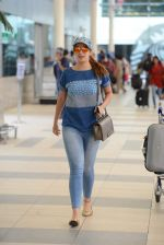 Laxmi Rai snapped at Airport on 20th July 2015 (18)_55ad06d5ce674.JPG