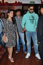 Abhishek Bachchan, Asin Thottumkal and Umesh Shukla at Radio Mirchi studio for promotion of their film All is well in Lower Parel on 20th july 2015 (26)_55adee3538b01.JPG