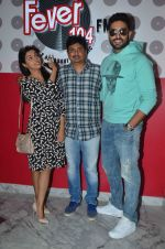 Abhishek Bachchan, Asin Thottumkal and Umesh Shukla at Radio Mirchi studio for promotion of their film All is well in Lower Parel on 20th july 2015 (18)_55aded6002b5d.JPG