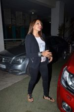 Bipasha Basu snapped in PVR on 20th July 2015 (41)_55adec1a67b1b.JPG