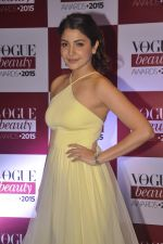 Anushka Sharma at Vogue beauty awards in Mumbai on 21st July 2015 (138)_55af9f8699976.JPG