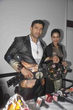 Sangram singh Internatiional Wrestler unveils WWP Common Wealth Wrestling Championship belt in Mumbai on 22nd July 2015 (4)_55b0f7b75e5cf.JPG