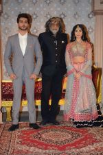Imran Abbas, Muzaffar Ali, Pernia Qureshi at Jaanisaar music launch in Lalit Hotel on 23rd July 2015 (113)_55b237661a989.JPG