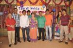 Dilip Joshi, Disha Vakani at taarak mehta ka ooltah chashmah celebrates 8 years in Kandivli on 27th July 2015 (42)_55b71d6c5a3c6.JPG