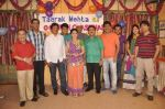 Dilip Joshi, Disha Vakani at taarak mehta ka ooltah chashmah celebrates 8 years in Kandivli on 27th July 2015 (43)_55b71d328969a.JPG