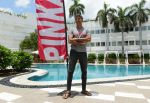 Milind Soman at Pinkathon press meet in Delhi on 28th July 2015 (19)_55b8c7e03eae3.jpg