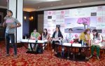Milind Soman at Pinkathon press meet in Delhi on 28th July 2015 (20)_55b8c7e13ced0.jpg