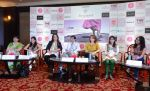 Milind Soman at Pinkathon press meet in Delhi on 28th July 2015 (21)_55b8c7e207eb9.jpg