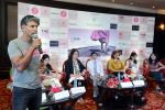 Milind Soman at Pinkathon press meet in Delhi on 28th July 2015 (22)_55b8c7e2acb6e.jpg