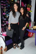 Ayesha Kapoor, Shaira at friendship Day celebration at Ayesha Store, Phoenix Mills Lower Parel on 30th July 2015 (46)_55bb249987ec4.JPG
