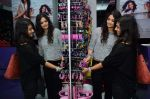 Ayesha Kapoor, Shaira at friendship Day celebration at Ayesha Store, Phoenix Mills Lower Parel on 30th July 2015 (44)_55bb2498ea5e4.JPG